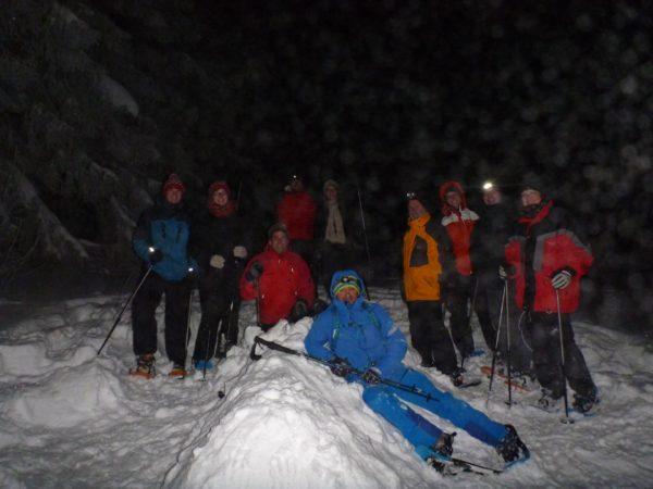 Schneeschuhwandern in der Nacht