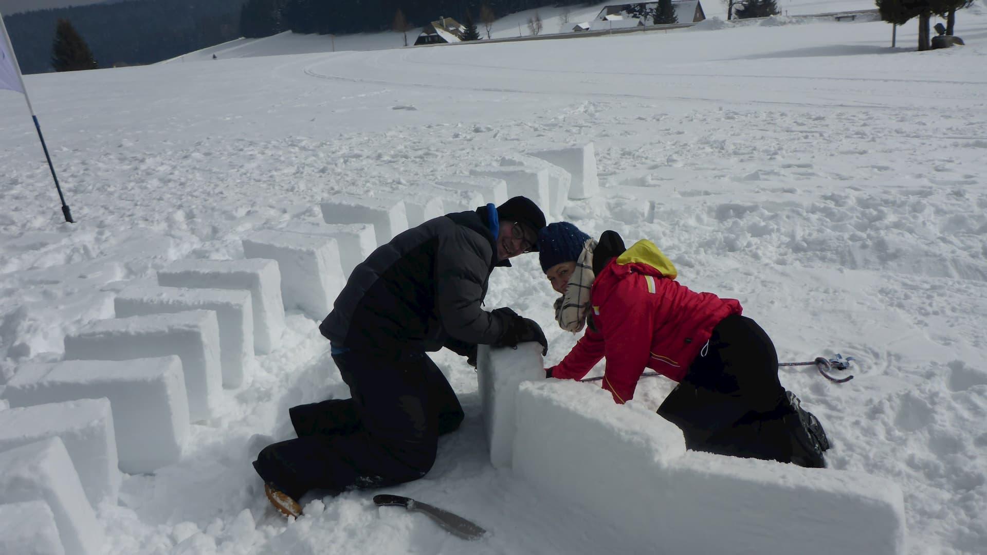 Iglu bauen im Schwarzwald